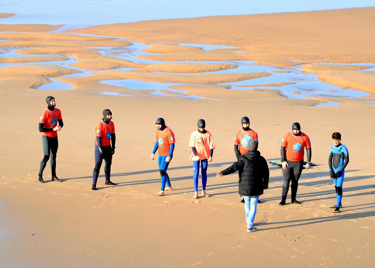 HCL École de Surf & Bodyboard Lacanau - Groupe sur la plageMars 2021